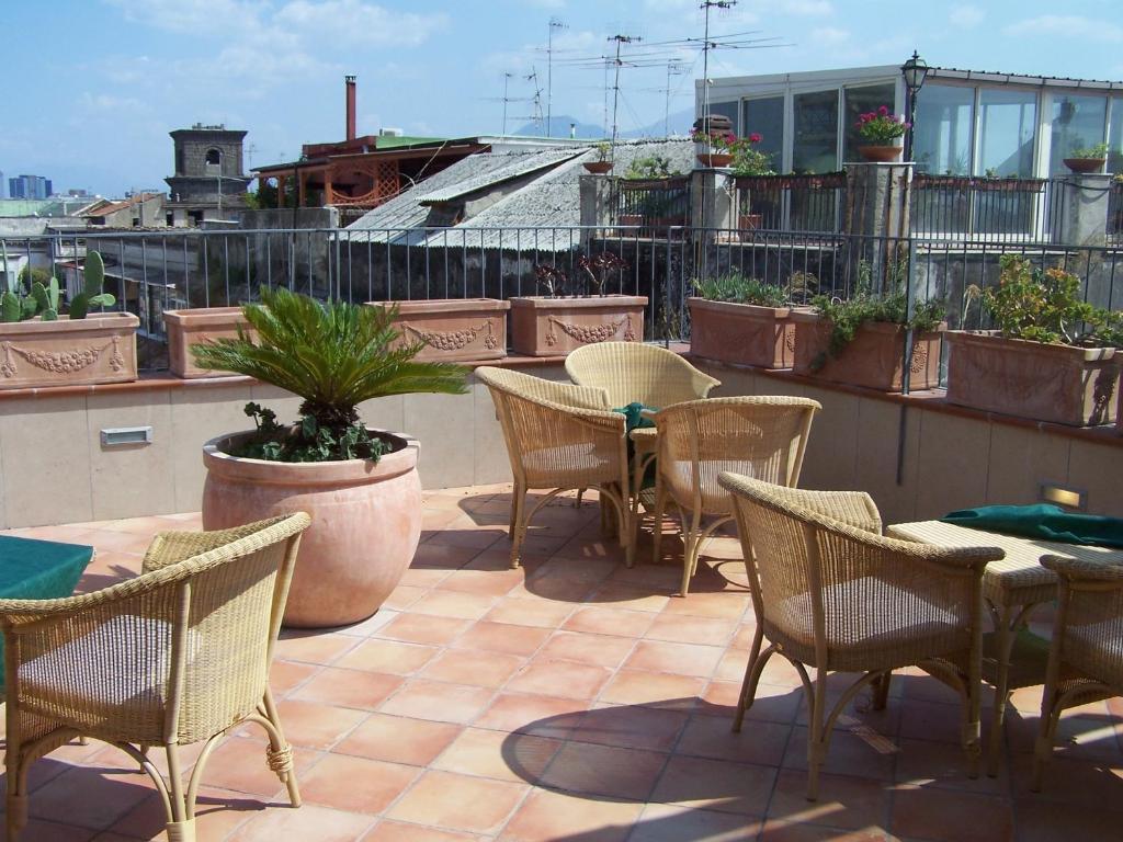 Le terrazze di neapolis naples online booking for 236 naples terrace llc