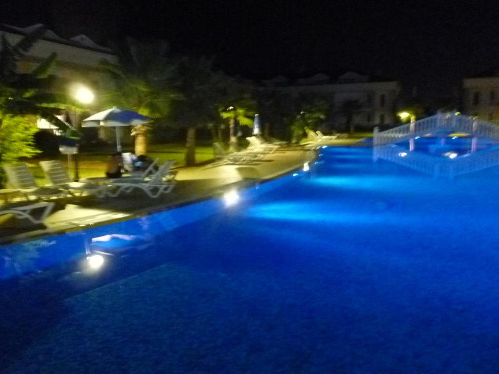 Belek golf village family villas r servation gratuite for Piscine 07500