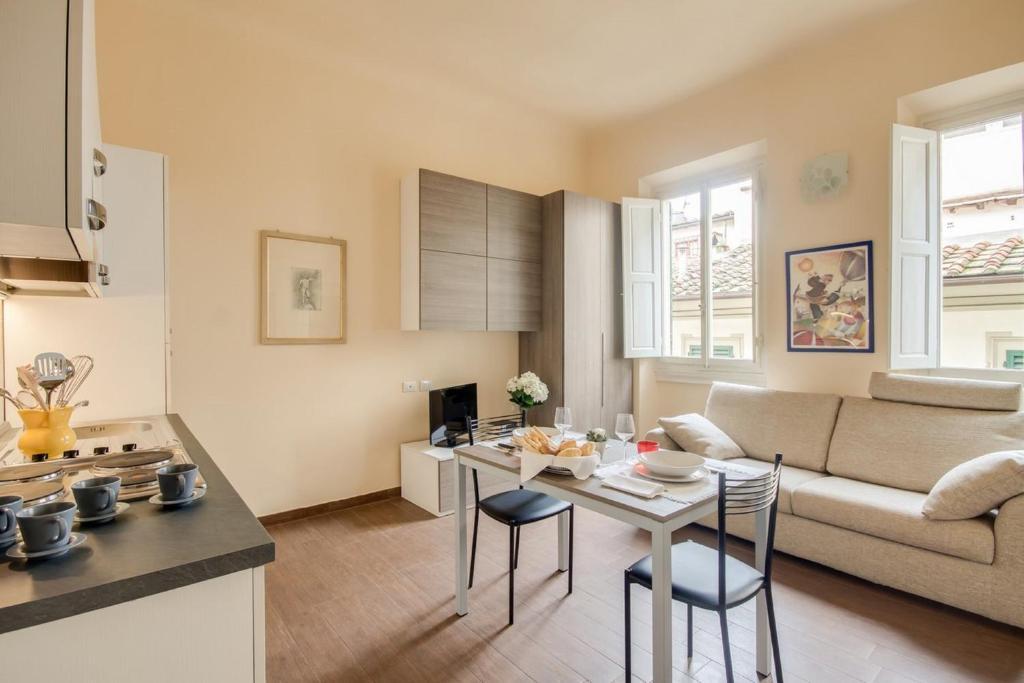 Apartments florence leonardo apartment in florence for Florence apartments