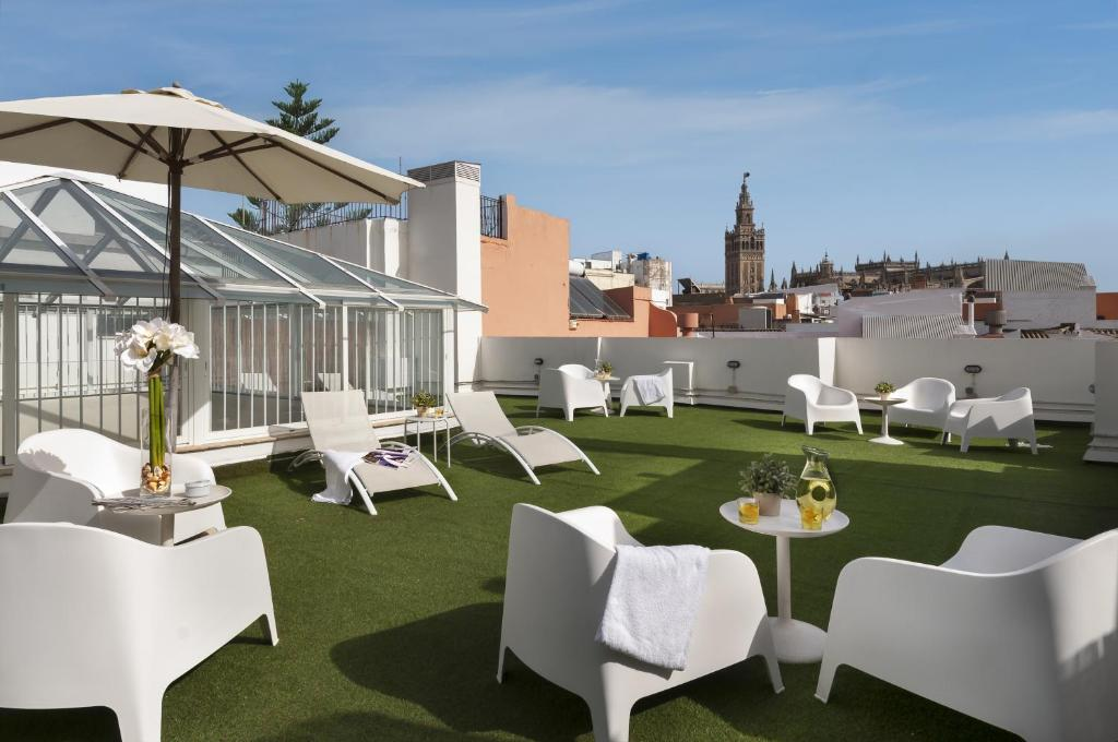 suites sevilla plaza seville book your hotel with viamichelin