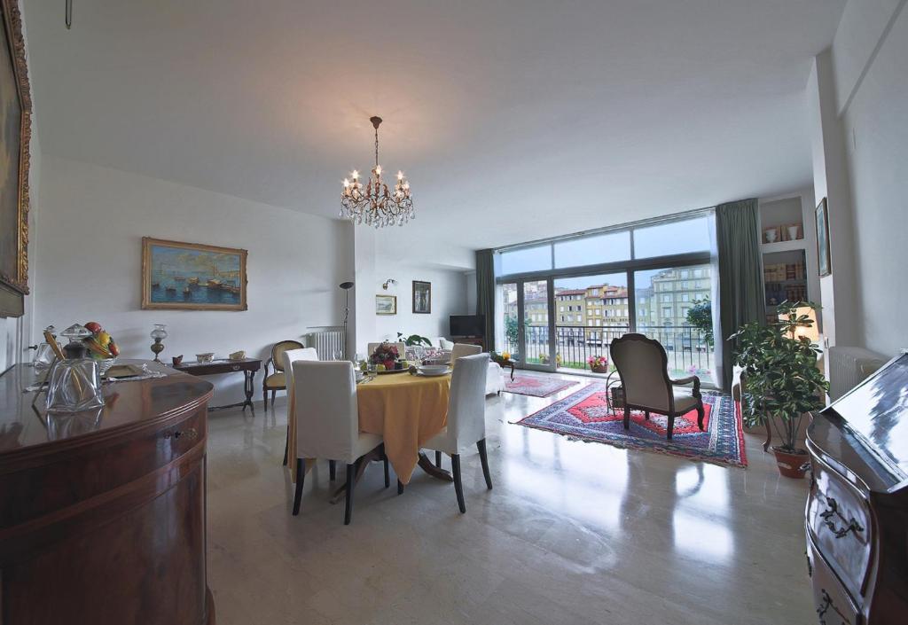 Apartments florence pontevecchio apartment in florence for Florence apartments