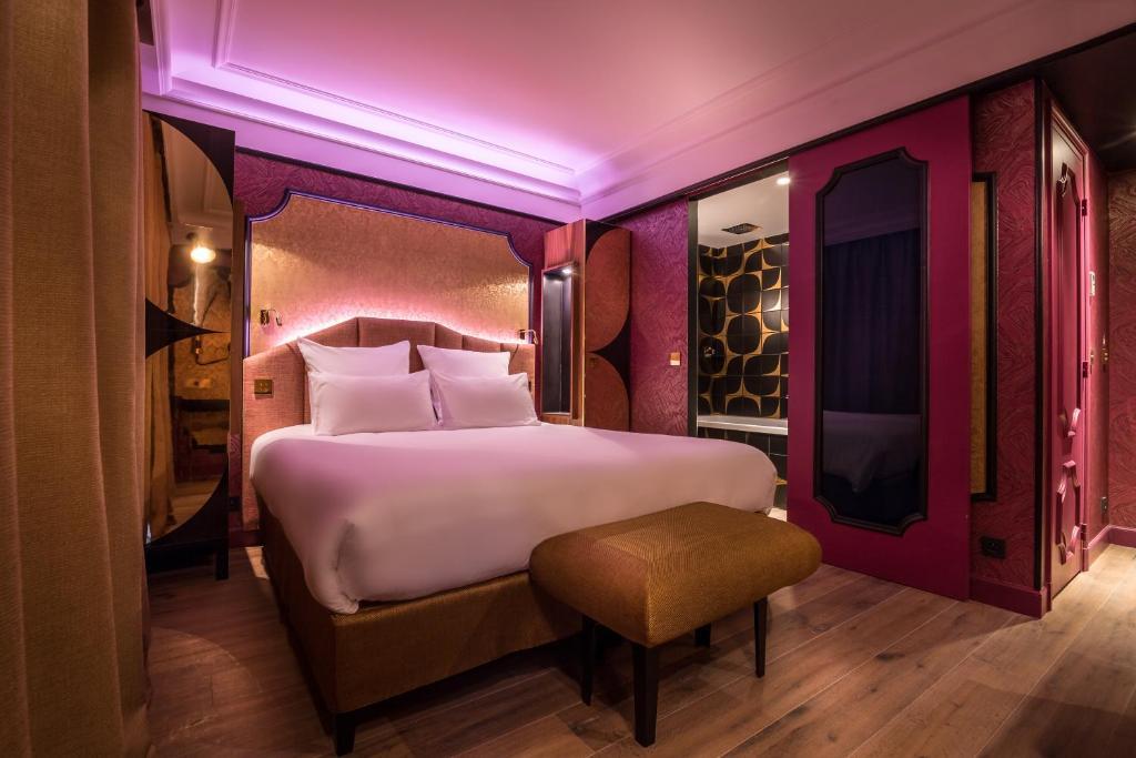 idol hotel by elegancia clichy informationen und buchungen online viamichelin. Black Bedroom Furniture Sets. Home Design Ideas