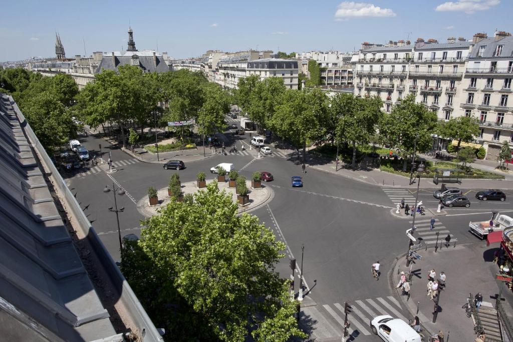 Hipotel paris voltaire bastille paris informationen for Michelin hotel france