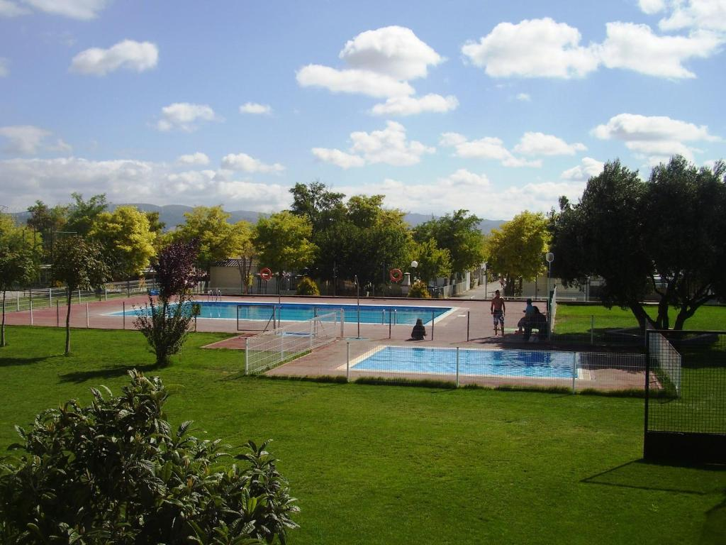 Camping de olite olite reserva tu hotel con viamichelin - Camping en navarra con piscina ...