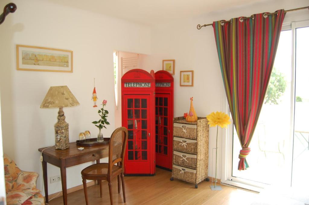les chambres de kerzerho chambres d 39 h tes erdeven. Black Bedroom Furniture Sets. Home Design Ideas