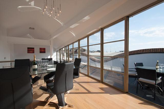 London Escorts Near Penthouse Apartment with Roof Terrace London Bridge