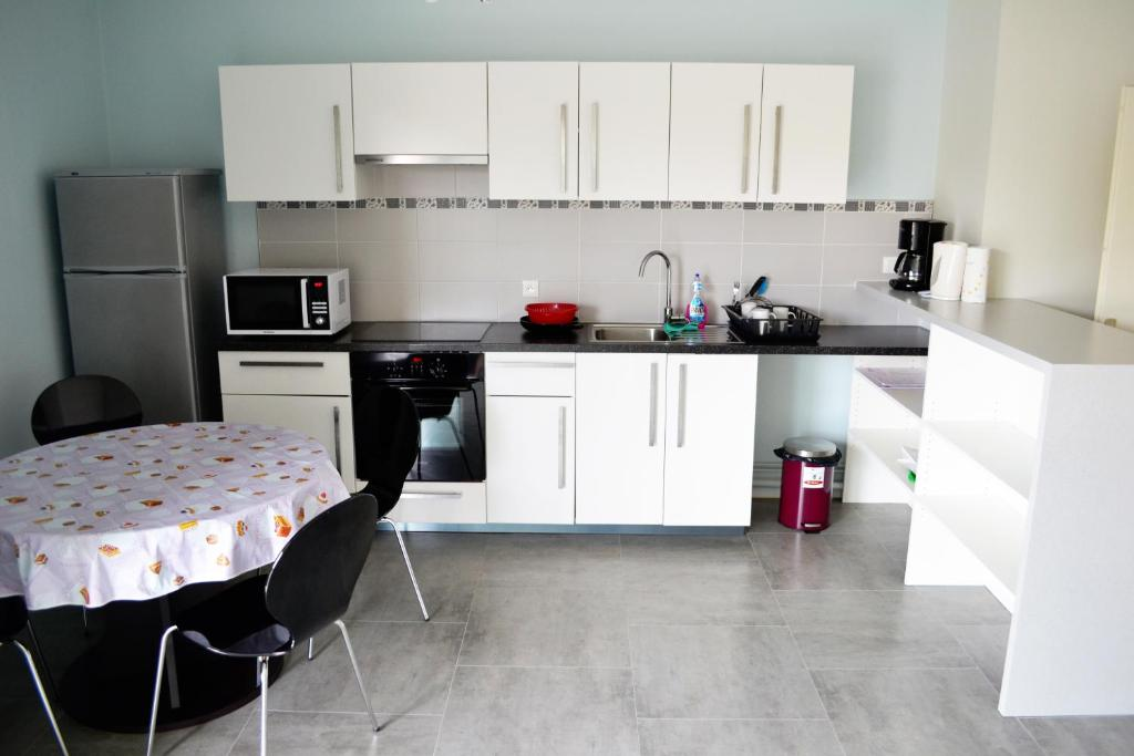 Appartement h tel poitiers locations de vacances poitiers - Location chambre poitiers ...