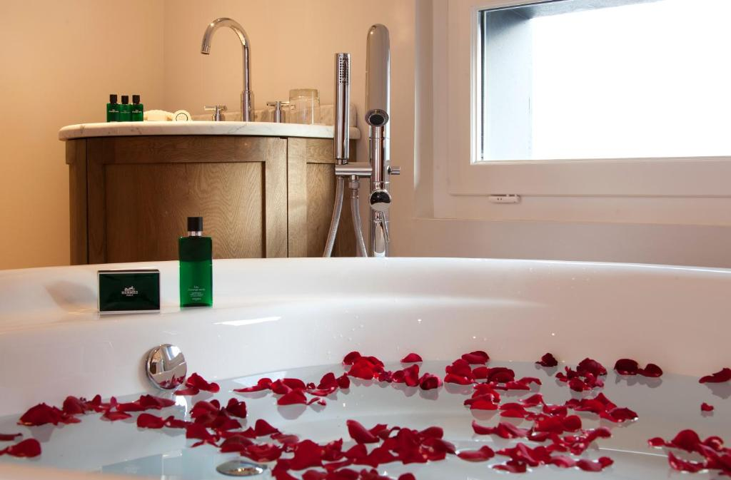 Le boutique hotel bordeaux bordeaux viamichelin for Le boutique hotel
