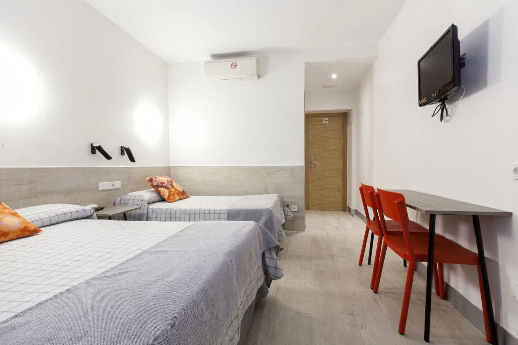 Hostal Puerta Del Sol Rooms Madrid