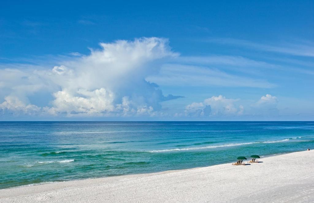 The Pearl Restaurant Rosemary Beach Florida