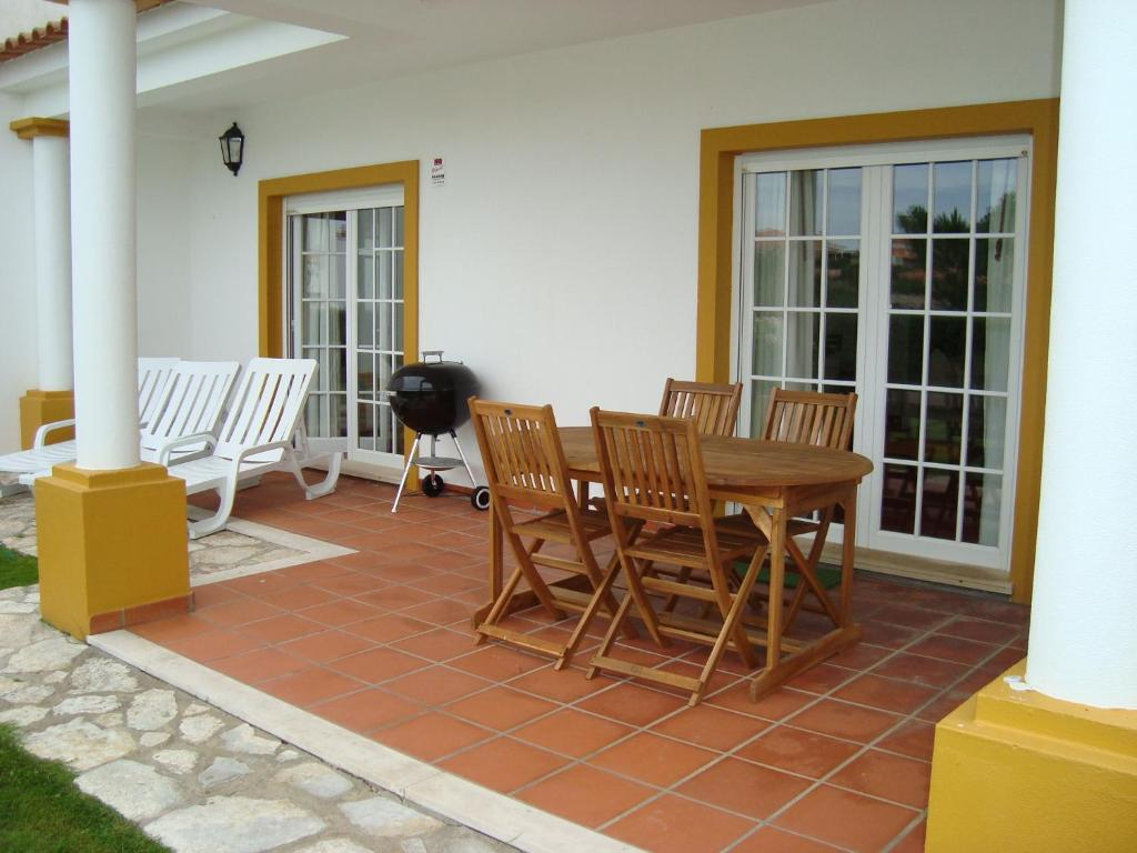 Holiday Home Burgo Sancho 1 (Portugal Casal da Lagoa Seca ...