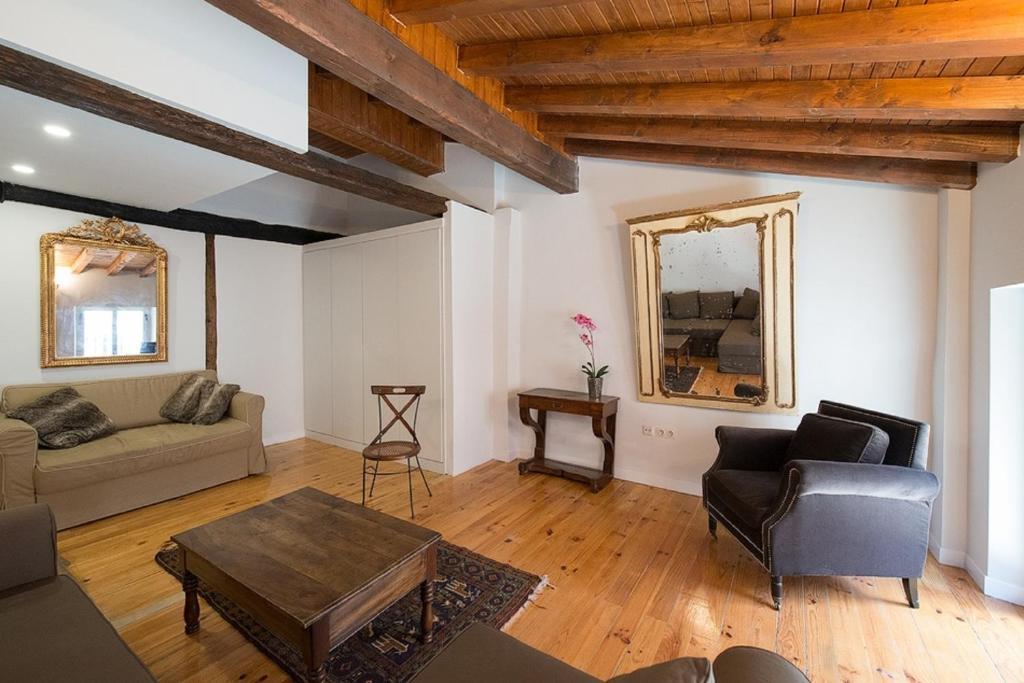 Heart of Pamplona Apartment (España Pamplona) - Booking.com