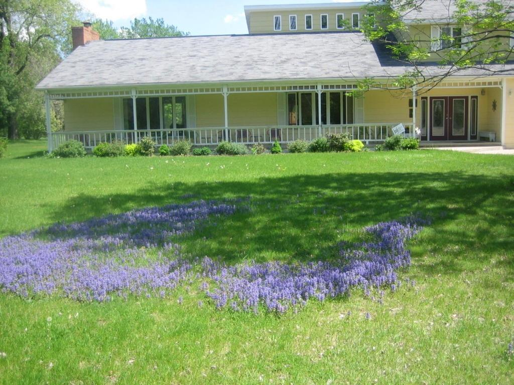 Harbert House Bed Breakfast Harbert Mi