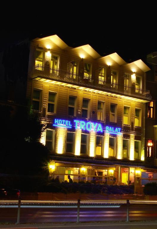 Hotel troya balat fatih reserva tu hotel con viamichelin for Educa suites balat hotel