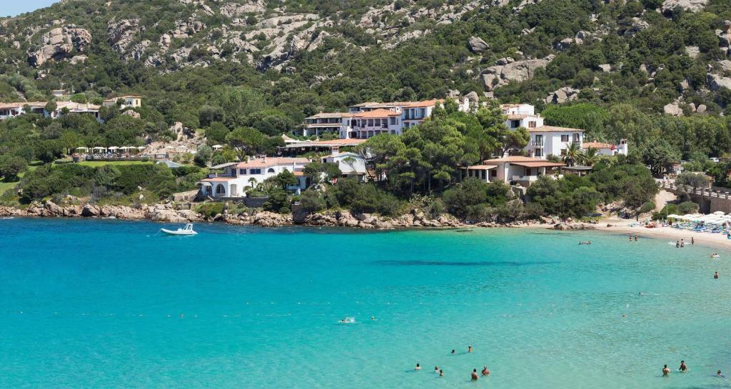 hotel baia sardinia bisaccia italy map - photo#18