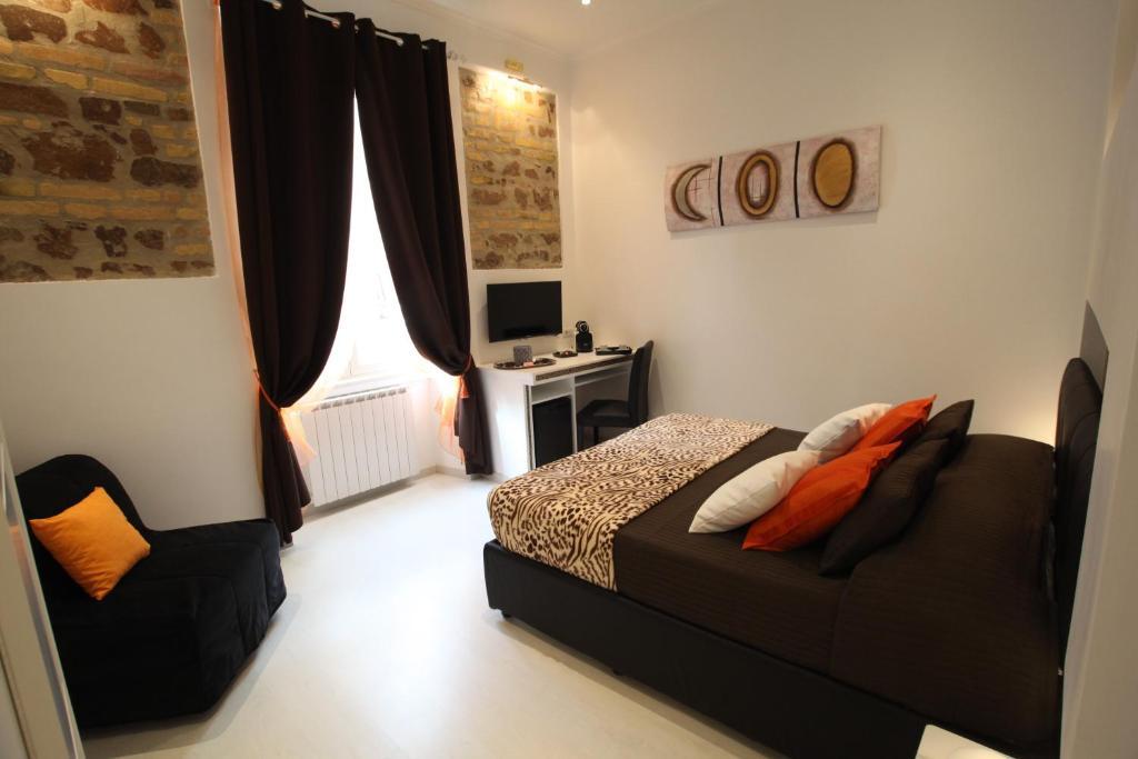 Interno 7 luxury rooms roma prenotazione on line for Interno 7 luxury rooms