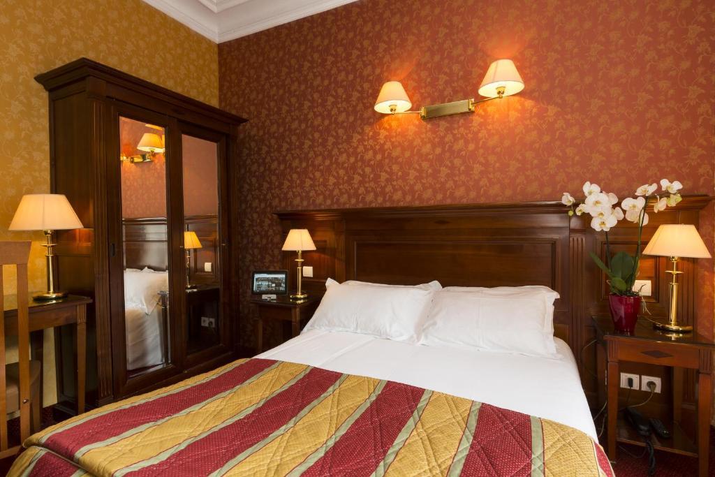 Hotel viator gare de lyon paris book your hotel with for Seven hotel paris booking