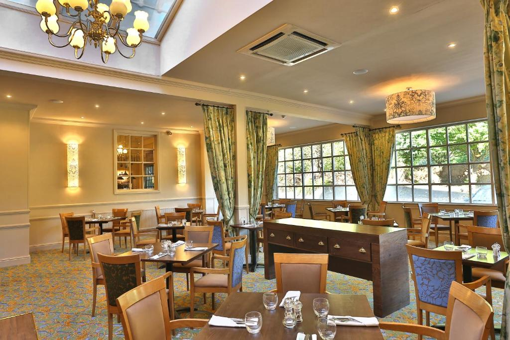 tony tobin @ the dining room - reigate : a michelin guide restaurant