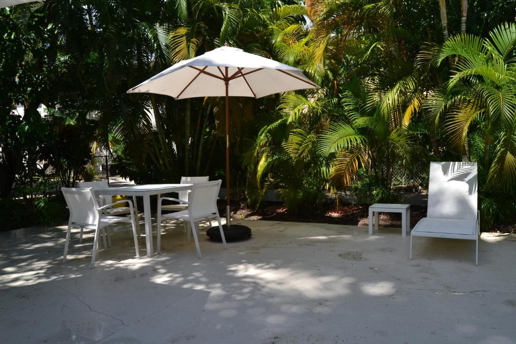 The Reef A North Beach Village Resort Hotel Fort Lauderdale Book Your Hotel With Viamichelin