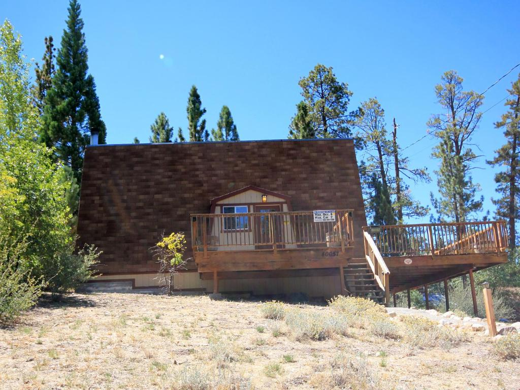 cabin fever by blue horizon lodge big bear lake ca