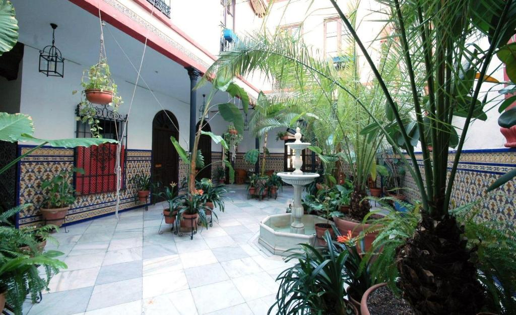 Hotel casa de los azulejos c rdoba reserva tu hotel con for Hotel casa de los azulejos de cordoba