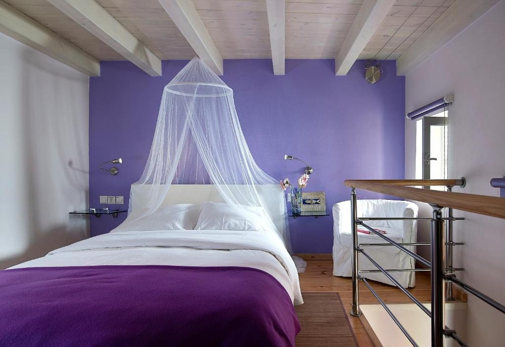Boutique hotel fortino chania online booking viamichelin for Boutique hotel crete
