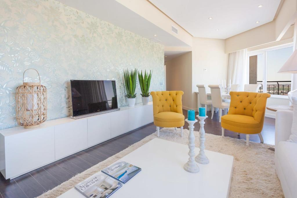 home select torre de madrid apartments madrid book