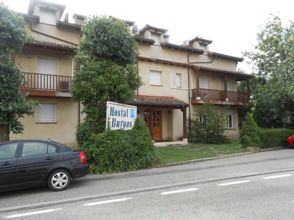 Hostal burgos segovia reserva tu hotel con viamichelin for Hoteles en burgos con piscina