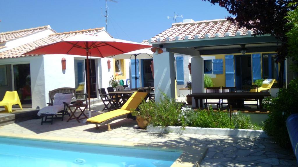 Chambres d 39 h tes les yeux bleus bed breakfast chambres - Chambres d hotes noirmoutier en l ile ...