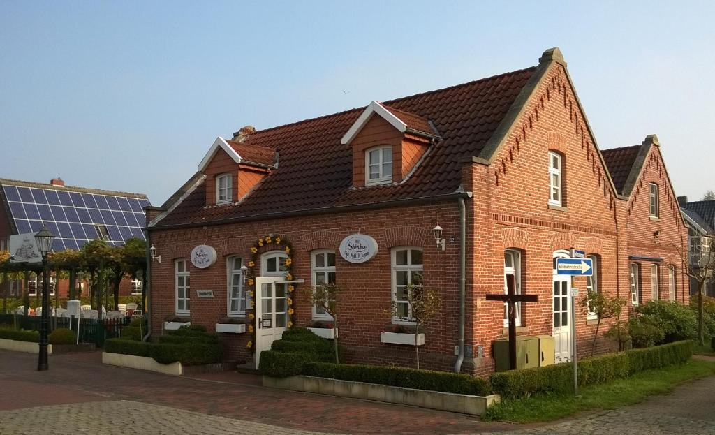 Stoevchen caf hotel r events papenburg online booking for 3328 terrace nederland tx
