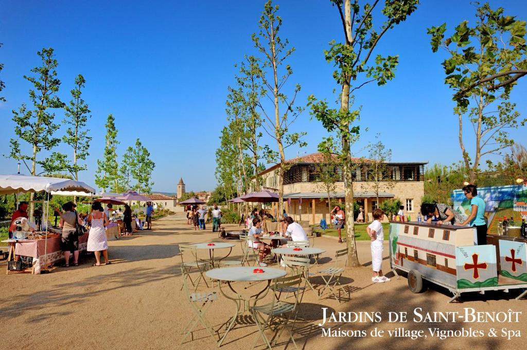 Les jardins de saint benoit by popinns r servation - Les jardins de saint benoit carcassonne ...