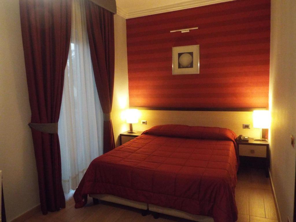 Hotel Hermitage - Qualiano - prenotazione on-line - ViaMichelin