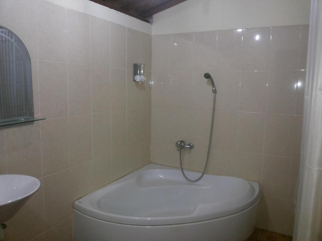 penglipuran home stay r servation gratuite sur viamichelin. Black Bedroom Furniture Sets. Home Design Ideas
