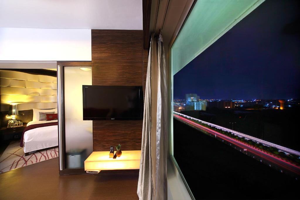 Hotel Near Sola Bridge Ahmedabad
