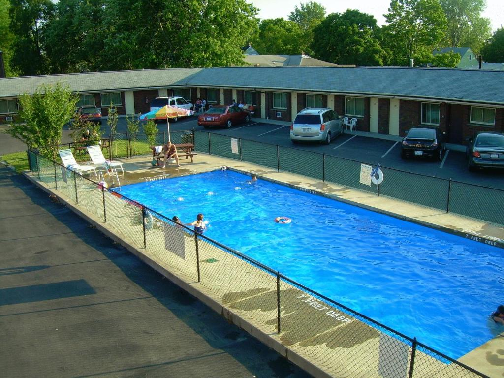 Swiss Cottage Inn Niagara Falls Online Booking Viamichelin