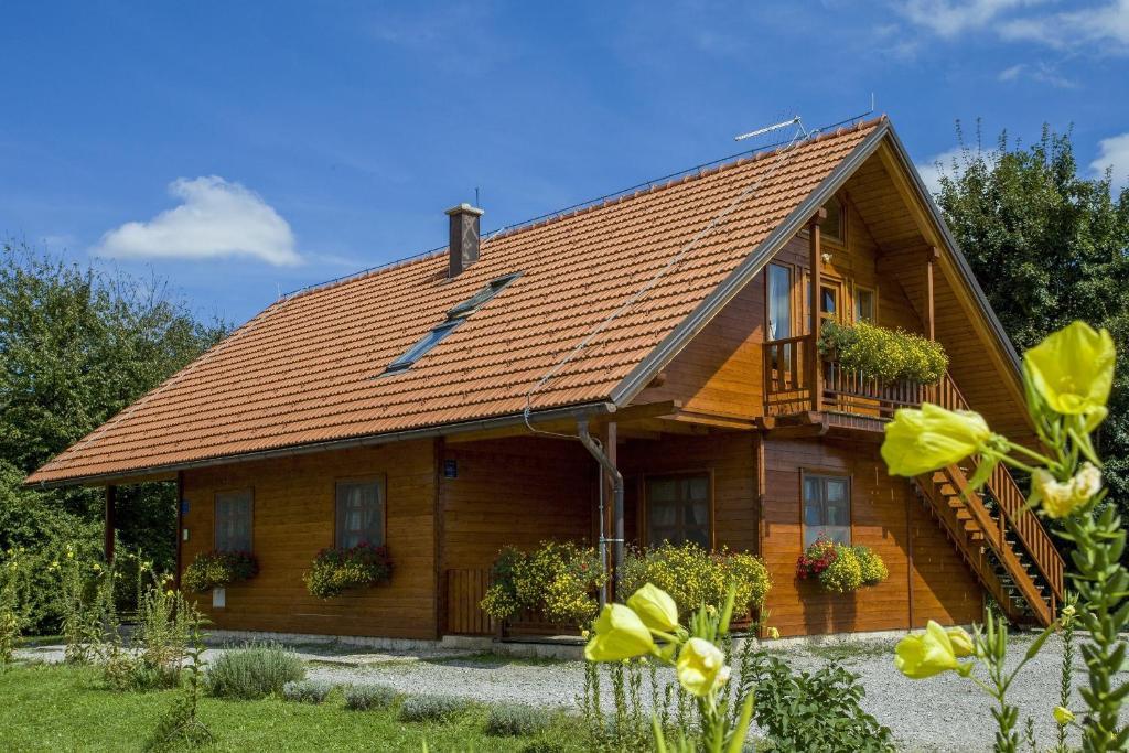 Appartamento ranch jelov klanac croazia rakovica for Cresciuto piani casa ranch