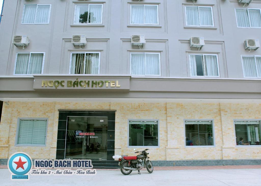 Khách sạn Ngọc Bách