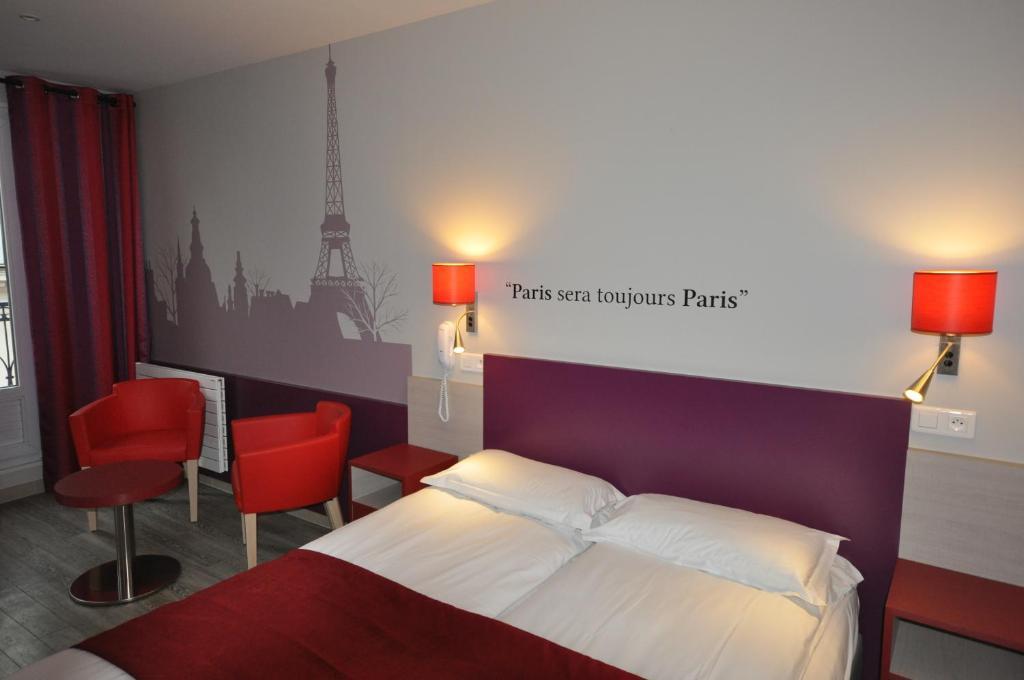 Hotel Rue De Turin Paris