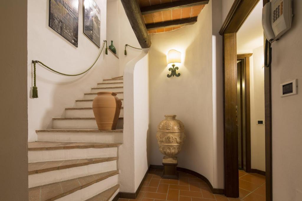 Maison hotel monteriggioni apartment in monteriggioni for Apart hotel maison
