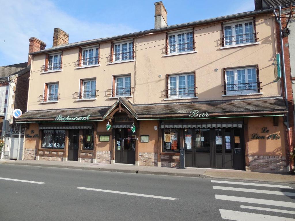 Restaurant Rue De La Republique Orleans