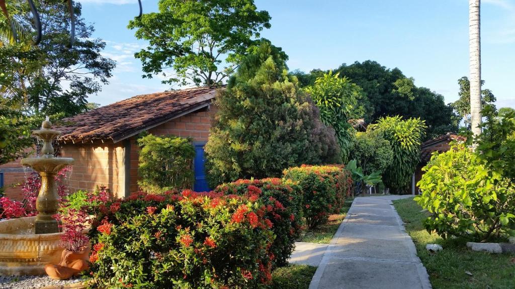 Hotel parador del gitano puerto triunfo reserva tu for Habitaciones familiares paradores