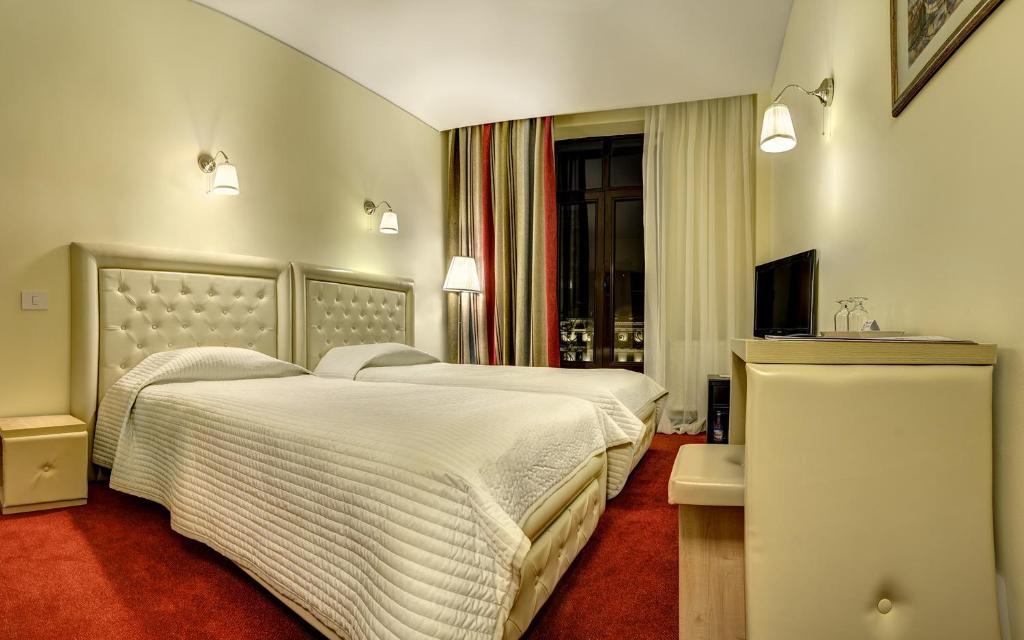 Capitol Hotel Bucharest Rooms