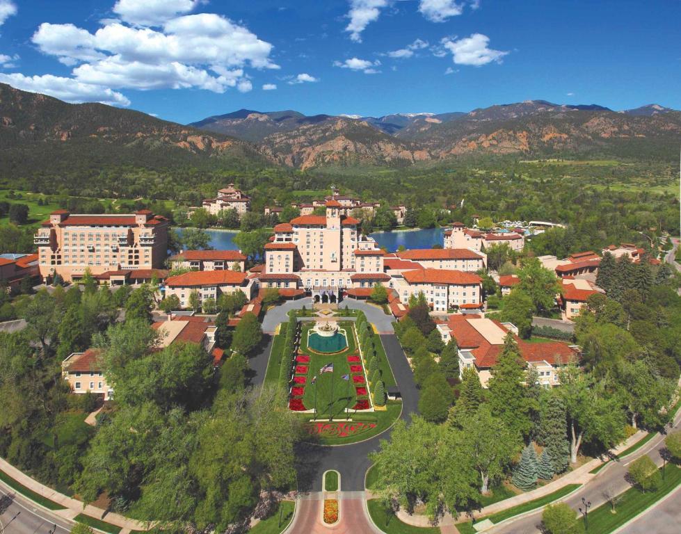 Broadmoor Hotel Spa