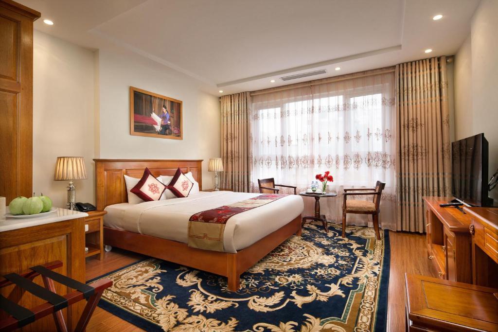 Phòng Luxury Giường Đôi/2 Giường Đơn Với Cửa Sổ Nhìn Ra Khu Phố Cổ