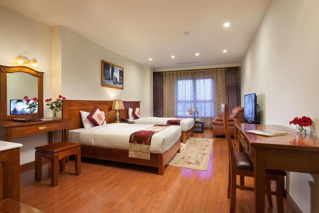 Phòng Grand Luxury Giường Đôi/2 Giường Đơn, Cửa Sổ, Tầm Nhìn Ra Thành Phố