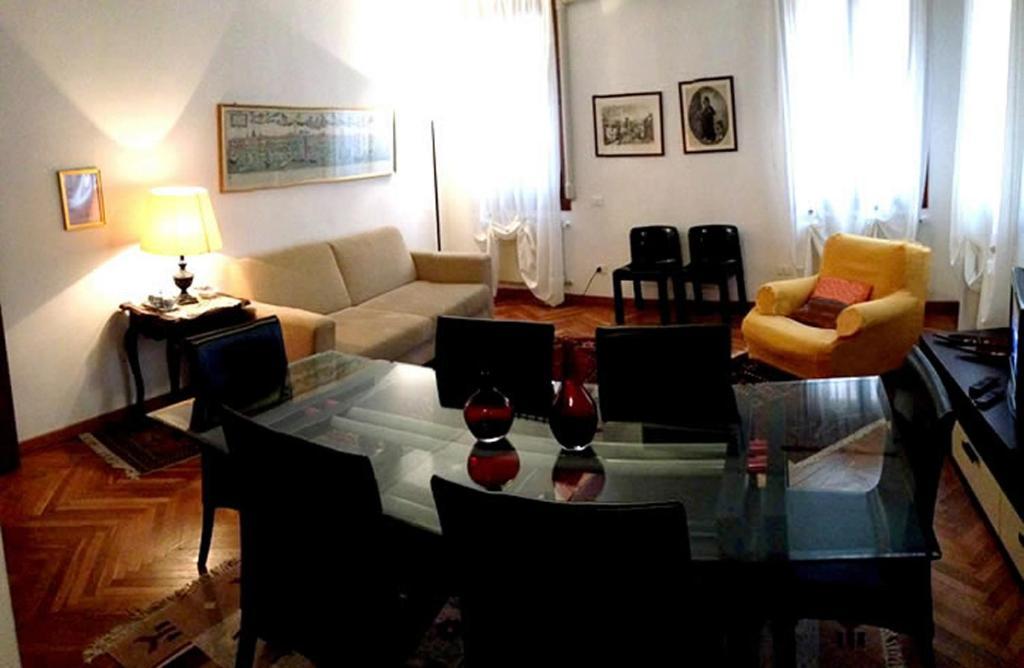 wohnung casa marco polo ferienh user venice. Black Bedroom Furniture Sets. Home Design Ideas