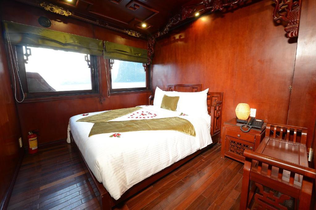 Phòng Deluxe Giường đôi/2 Giường đơn - 3 Ngày 2 Đêm Trên Tàu