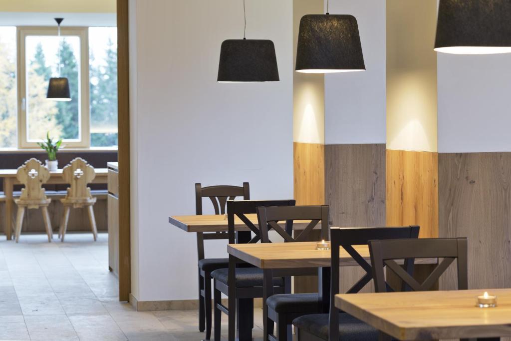 alpengasthof filzstein neukirchen am gro venediger. Black Bedroom Furniture Sets. Home Design Ideas