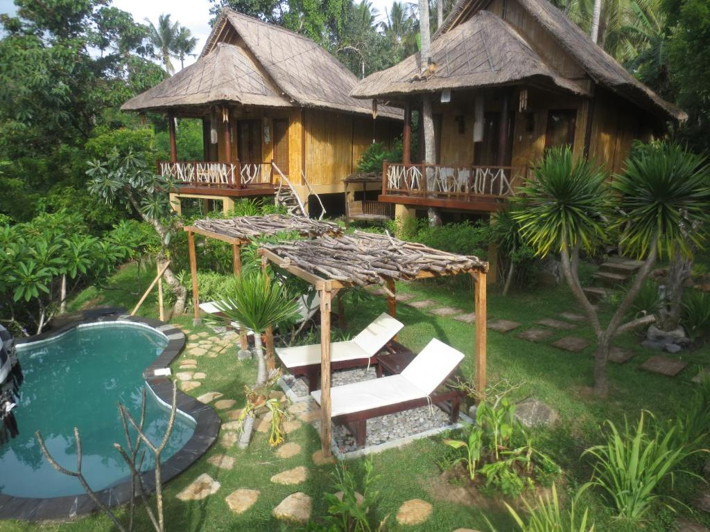 Jepun didulu cottage karangasem informationen und for Cottage bali
