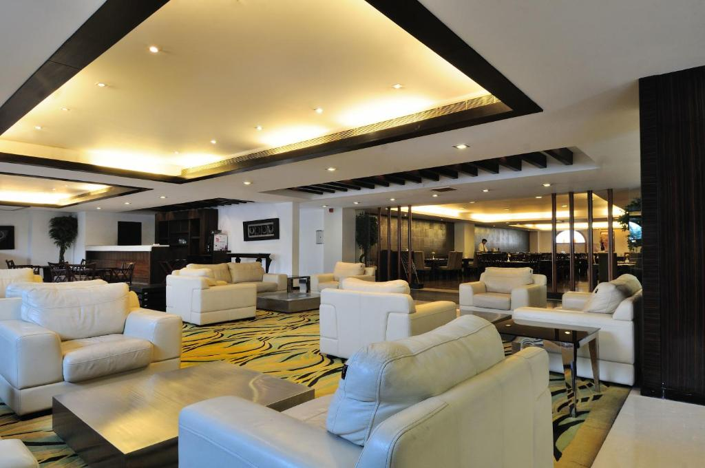 Mapple Emerald New Delhi New Delhi Book Your Hotel